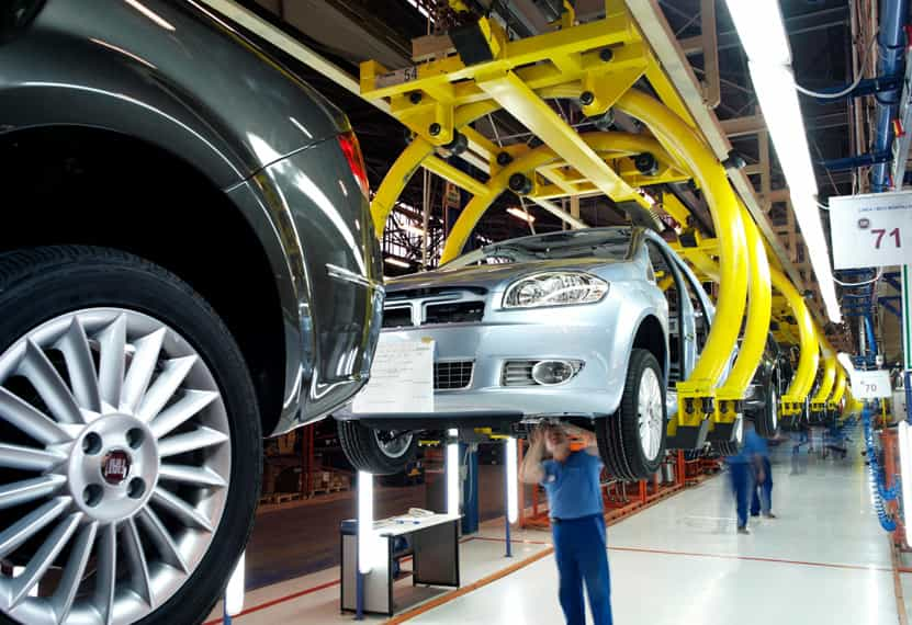 Experts predict Turkish automotive market to face the pressure of exchange rates in 2018
