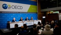 OECD revises its growth forecast for Turkey from 4.9 percent to 5.3 percent