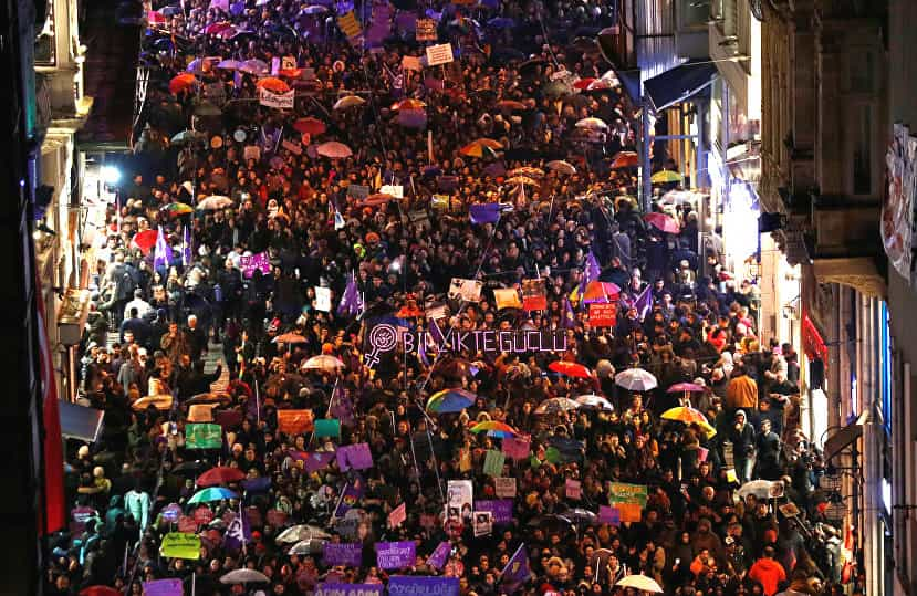 Turkish women take to the streets on Women's Day to protest violence