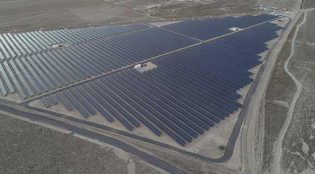 Turkey's energy companies focus on investments in solar plants