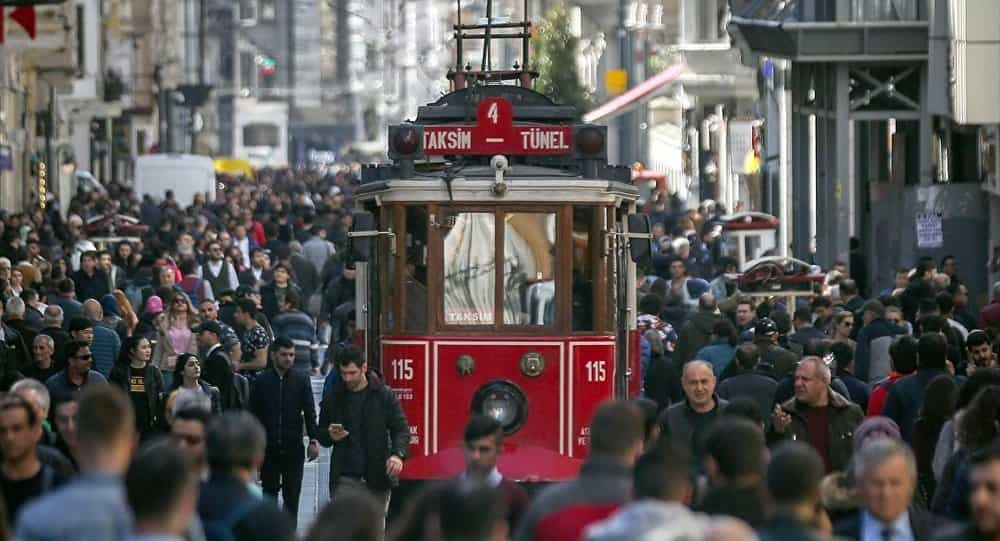 Istanbul, Turkey's largest metropole is more crowded than 131 countries